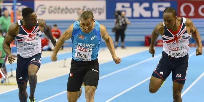 Jimmy Vicaut devance le Britannique James Dasaolu (à droite), lors de la finale du 60 m des championnats d'Europe, le 2 mars à Göteborg.