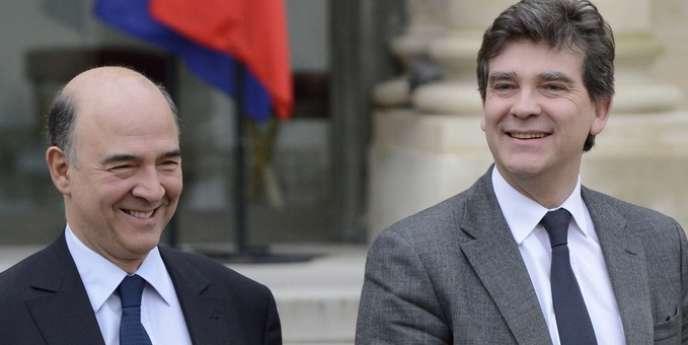 Pierre Moscovici, le ministre de l'économie, a assuré qu'une réflexion sur la taxation écologique était bien en cours. Le gouvernement défend l'idée d'une
