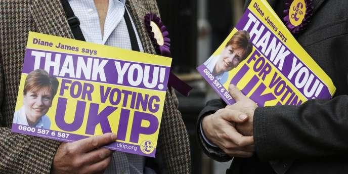 Des partisans du UKIP à Eastleigh, dans le sud de l'Angleterre.