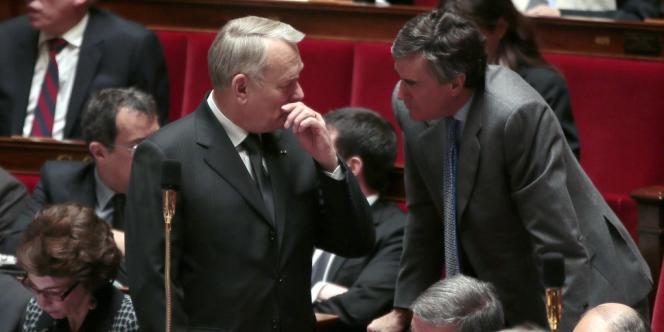 Jean-Marc Ayrault et Jérôme Cahuzac, le 20 février à Paris.