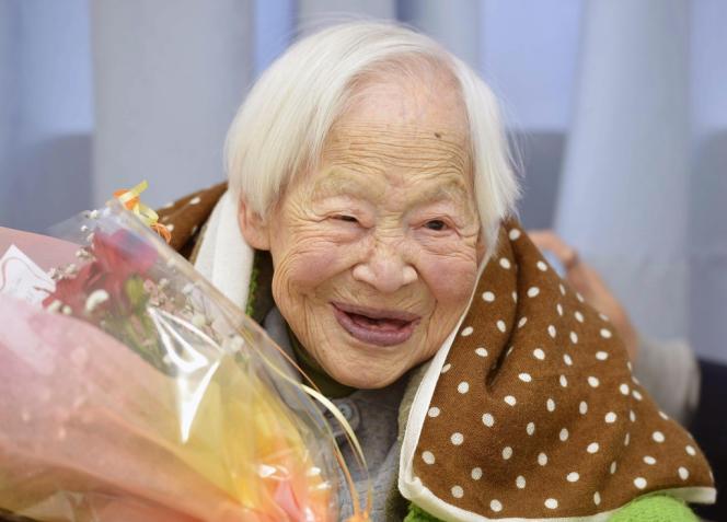 Misao Okawa, la femme la plus vieille du monde, a fêté ses 116 ans à Osaka au Japon, le 5 mars 2014.