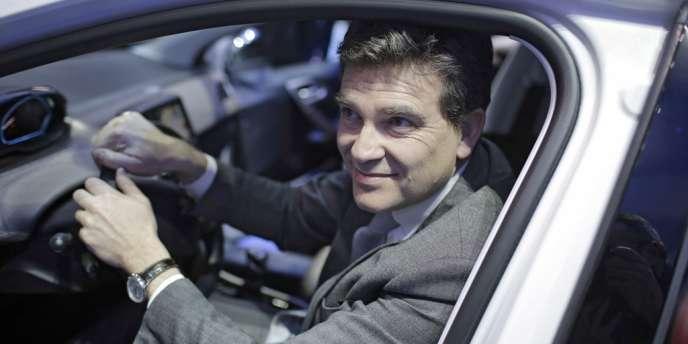 Le ministre du redressement productif Arnaud Montebourg au Salon de l'automobile de Genève, le 5 mars.