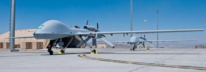 Deux drones Grey Eagle sur une base américaine en Afghanistan.