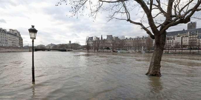 A Paris, le 8 février 2013.