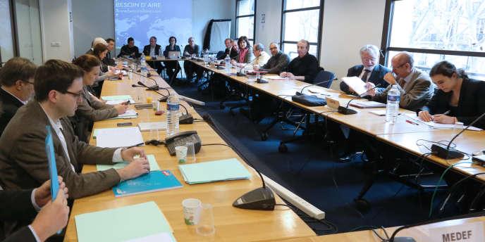 Négociations au siège du Medef sur les retraites complémentaires, en novembre 2012.