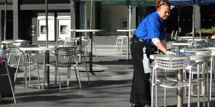 Le taux de chômage officiel a reculé à 7,7 %, son niveau le plus faible depuis décembre 2008, l'emploi ayant progressé dans tous les secteurs de l'économie à l'exception du service public.