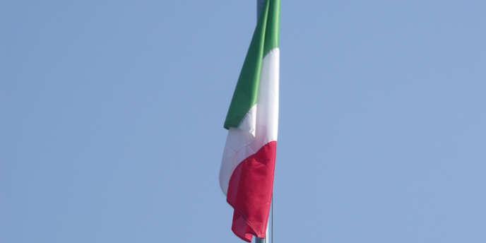 Le gouvernement italien table sur une croissance de 0,8 % cette année après deux années de récession, la plus longue de l'après-guerre.