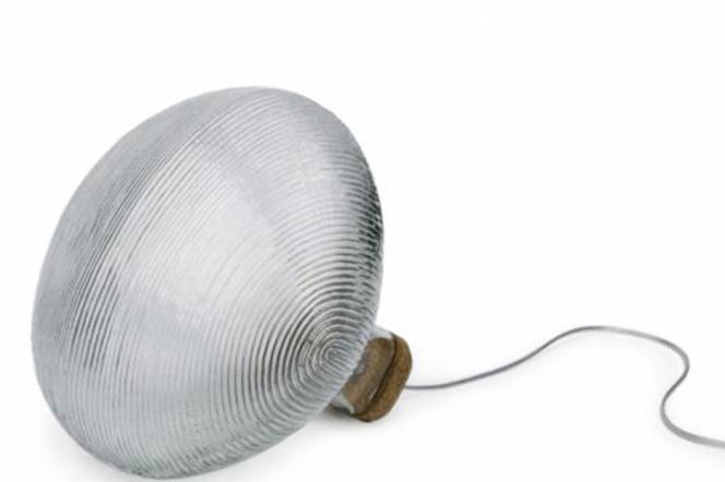 Lampe à poser Tidelight de Pierre Favresse.