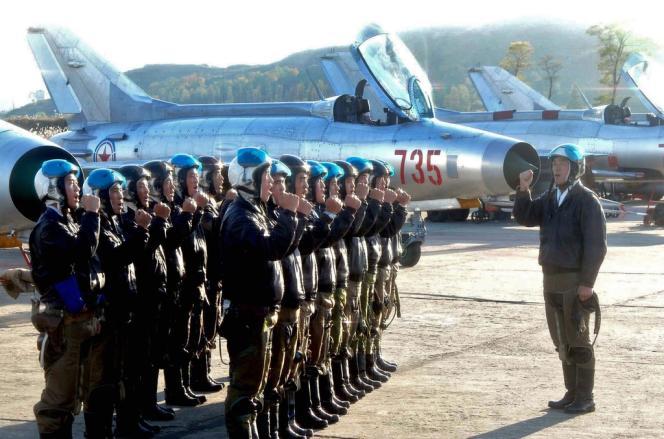 Au total, 700 vols ont été effectués au Nord par des avions de combat et des hélicoptères militaires lundi 11 mars, selon une source militaire sud-coréenne.