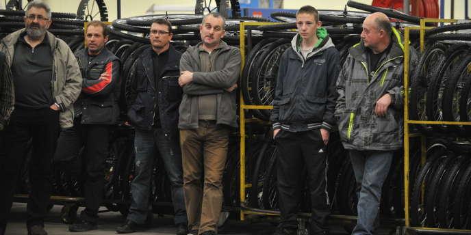 A l'usine Cycleurope de Machecoul, le 8 mars, où 175 salariés ont conservé leur emploi sur 254, après la reprise de l'entreprise par le groupe Intersport.