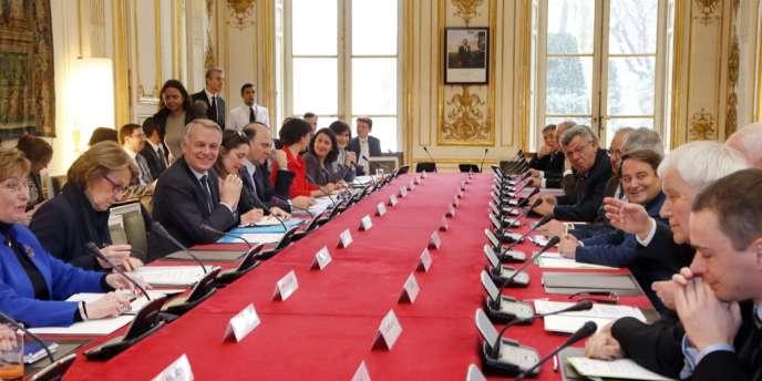 Jean-Marc Ayrault a annoncé mercredi, à l'issue du conseil des ministres, que le gouvernement préparait