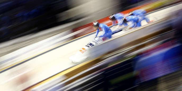 Compétition de bobsleigh près de Sotchi le 17 février 2013.