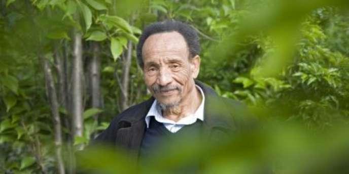 Pierre Rabhi, philosophe optimiste et militant de la décroissance, prône une