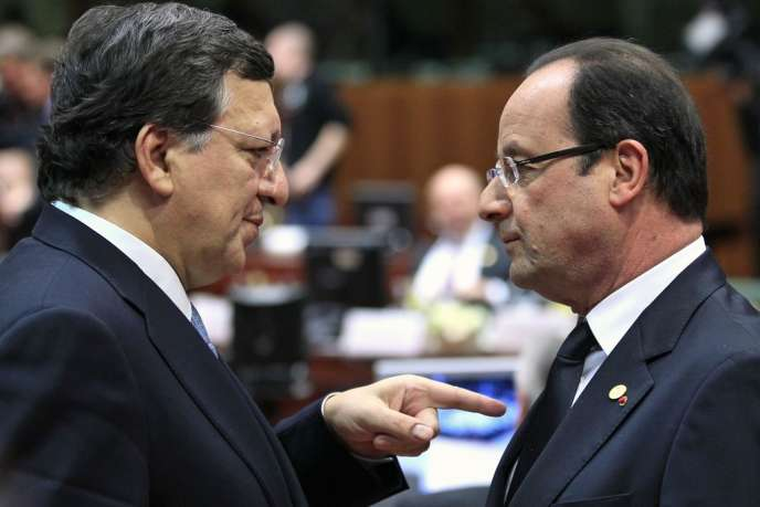 Jose Manuel Barroso et François Hollande durant un sommet des dirigeants de l'Union Européenne, à Bruxelles, le 14 mars.
