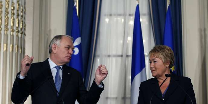 Jean-Marc Ayrault, premier ministre français et Pauline Marois, première ministre québecoise, en mars, à Québec.