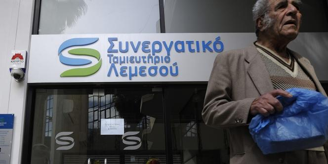 Des magasins russes sont apparus à partir des années 1990 à Limassol.