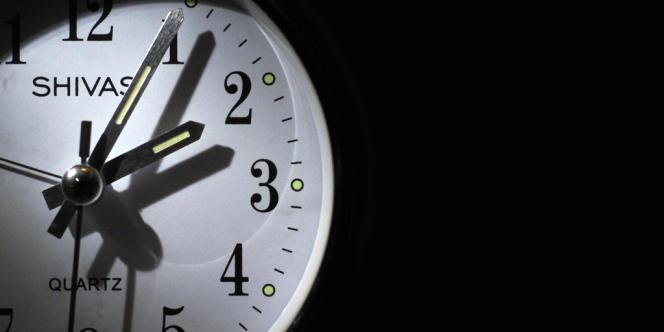 Ne dormir que cinq heures par nuit pendant cinq jours suffit à faire grossir, selon une étude américaine. En cause, une alimentation excessive par rapport aux besoins énergétiques.