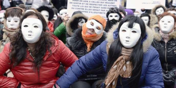 Manifestation contre le délit de racolage passif le 18 mars à Paris.