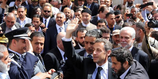 Nicolas Sarkozy à son arrivé à Tripoli.