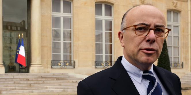 Le ministre du budget Bernard Cazeneuve doit réussir à inciter les fraudeurs à régulariser leur situation sans être soupçonné de leur faire un cadeau.