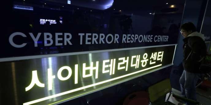 Au centre de lutte sud-coréen contre le cyberterrorisme, à Séoul, le 21 mars.