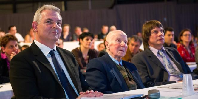 Thierry Lepaon, Georges Séguy et Bernard Thibault au 50e congrès de la CGT, à Toulouse, le 18 mars.