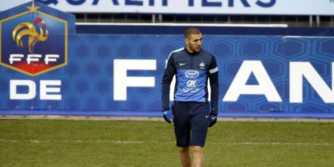 Karim Benzema à l'entraînement le 21 mars, au Stade de France.