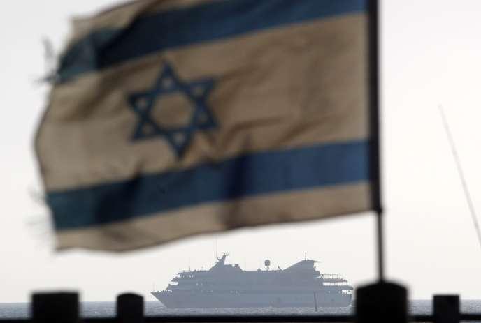 Sur un navire israélien aux abords du «Mavi-Marmara», le 31mai2010.