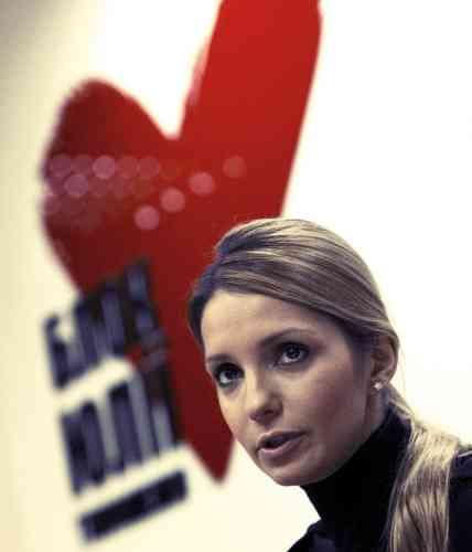 Janvier 2013.  L'appel de sa filleAprès dix-huit mois passés en prison, Ioulia Timochenko est soupçonnée d'avoir, en 1996, commandité l'assassinat d'un rival en affaires. Agée de 52 ans,  elle risque la prison à perpétuité.