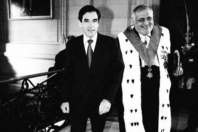 François Fillon et Philippe Séguin se rencontrent en 1978. Ils seront très liés jusqu'à la mort du président de la Cour des comptes en 2010.