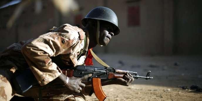Un soldat malien à Gao.