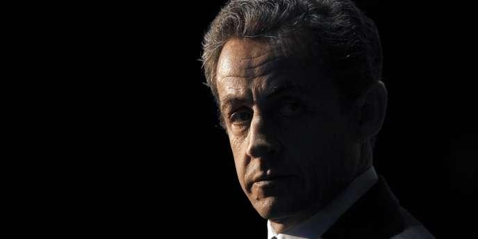 Nicolas Sarkozy s'est exprimé lundi 25 mars pour la première fois depuis sa mise en examen dans l'affaire Bettencourt avec un message posté sur sa page Facebook.
