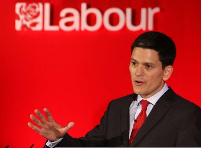 David Miliband rend son mandat de député travailliste de la circonscription de South Shields pour prendre la direction de l'International Rescue Committee.