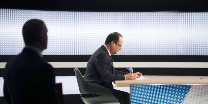 François Hollande, le 28 mars, sur le plateau de France 2.