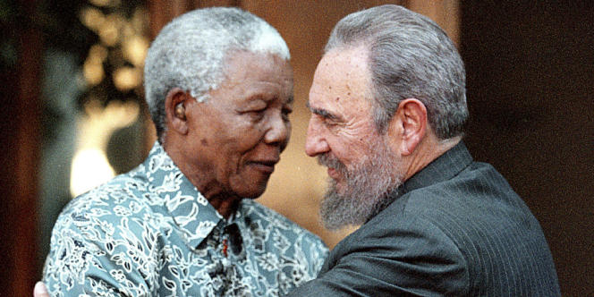 En 2001, lors d'une visite du président cubain Fidel Castro, à Johannesburg.