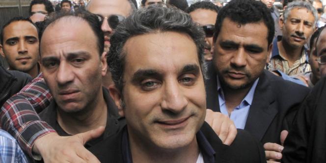 Bassem Youssef s'est rendu, samedi 30 mars, au parquet général pour y être interrogé.