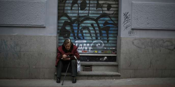 Le chômage a atteint 12,2 % de la population active pour les 17 pays de la zone euro en septembre, soit près d'un million de demandeurs d'emploi supplémentaires sur un an.