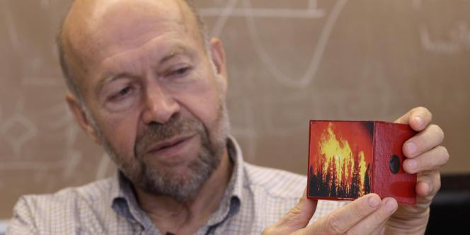Le climatologue américain James Hansen, en août 2012.