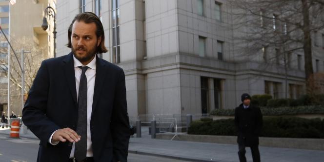 Matthew Taylor risque une peine maximale de 20 ans de prison et une amende de 250 000 dollars.