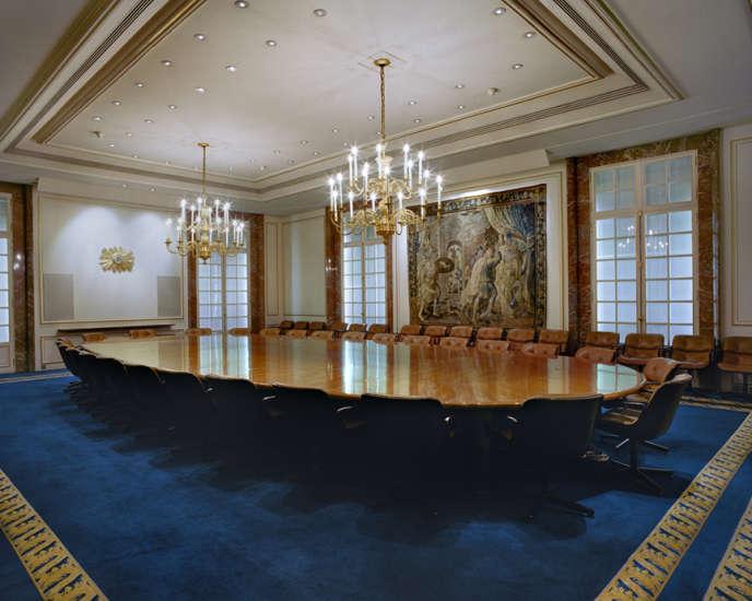 La salle de conférence de BNP Paribas, à Paris. Cette photo est tirée du travail de la photographe Jacqueline Hassink