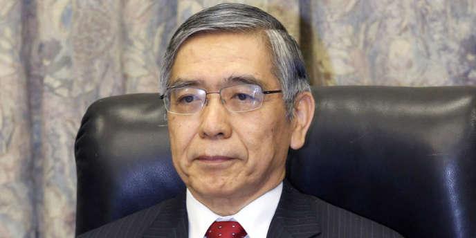 Les neuf membres du comité de politique monétaire de l'institut d'émission se sont réunis mercredi et jeudi pour la première fois sous la présidence de M. Kuroda, gouverneur de la BoJ en fonction depuis le 20 mars.