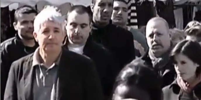 Philippe Péninque (à gauche), lors d'une visite de Marine Le Pen, à Aulnay-sous-Bois (Seine-Saint-Denis), le 5avril 2007.