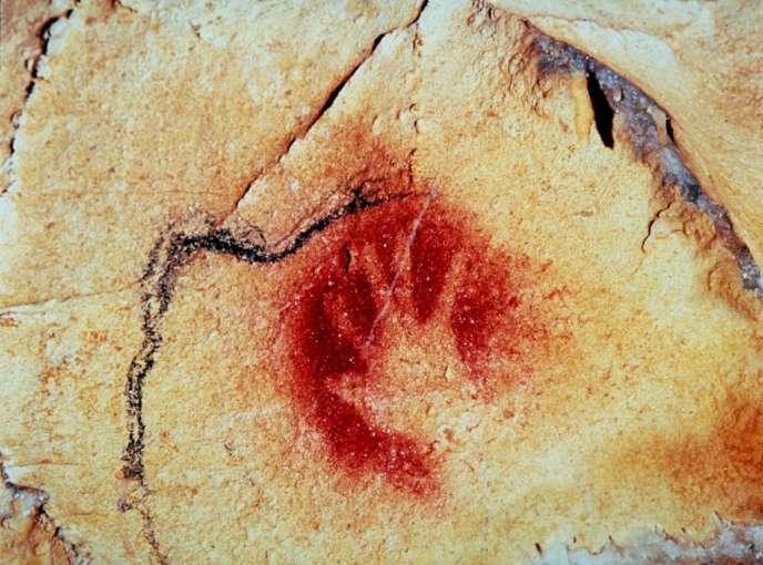 L'homme préhistorique a laissé sa trace dans la Caverne ornée du Pont d'Arc.