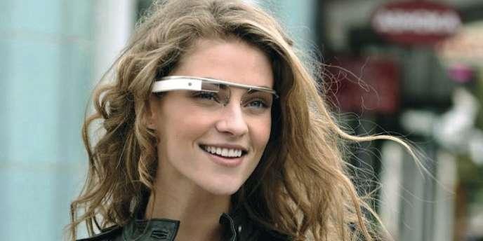 Bientôt commercialisées, les lunettes créées par Google sont équipées d'une caméra et reliées à Internet.