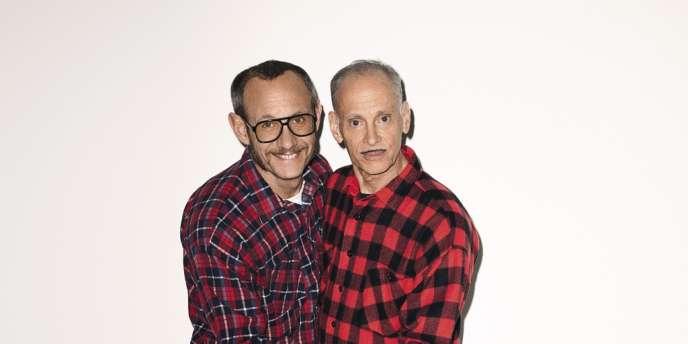 Le photographe Terry Richardson  a ajouté John Waters à sa galerie  de portraits de célébrités, sans oublier