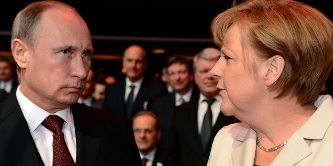 A la suite d'un contact téléphonique entre Vladimir Poutine et Angela Merkel, la chancellerie a fait savoir que le président russe acceptait «d'établir immédiatement une mission d'enquête ainsi qu'un groupe de contact pour entamer un dialogue politique».