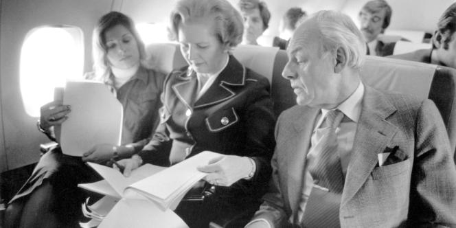 Margaret Thatcher, aux côtés de son mari Denis et de sa fille Carol.