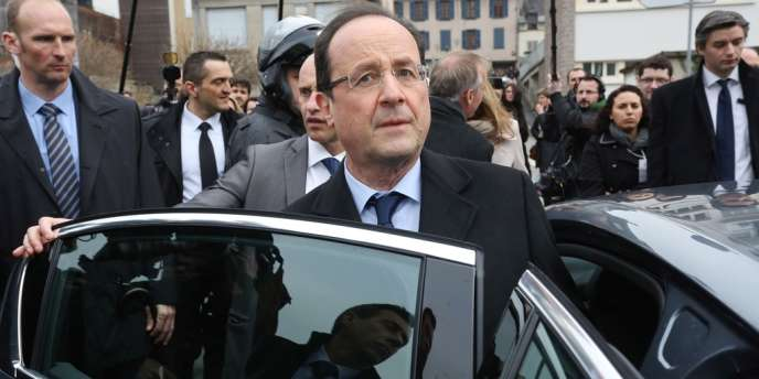 François Hollande en visite à Tulle, le samedi 6 avril.