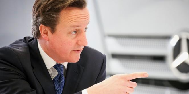 La croissance n'est toujours pas au rendez-vous ; le déficit budgétaire n'a guère reculé ; la dette devrait dépasser 100 % du PIB du pays d'ici à deux ans. L'expérience antikeynésienne du premier ministre britannique tarde à porter ses fruits.