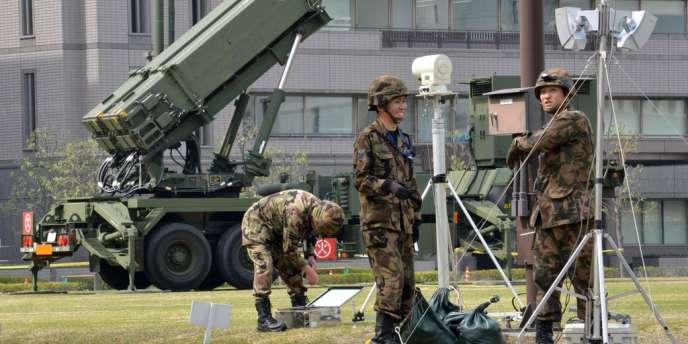 L'armée japonaise a été autorisée à détruire tout missile nord-coréen qui menacerait le territoire nippon.